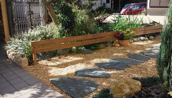 想い入れのある庭木を活かして和洋ミックス庭園